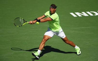INDIAN WELLS, CA - MARCH 14: Rafael Nadal of Spain plays a backhand against Fernando Verdasco of Spain in their third round match during day nine of the BNP Paribas Open at Indian Wells Tennis Garden on March 14, 2017 in Indian Wells, California. (Photo by Clive Brunskill/Getty Images)